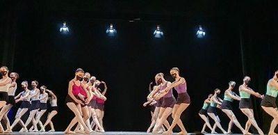 Actuació de les escoles de dansa infantil i juvenil